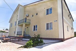 kerch-guest-house-travel-house7